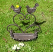 Cast Iron Lovebirds Bird Feeder