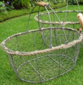 Oval 'Lobster Pot' Style Basket - Medium